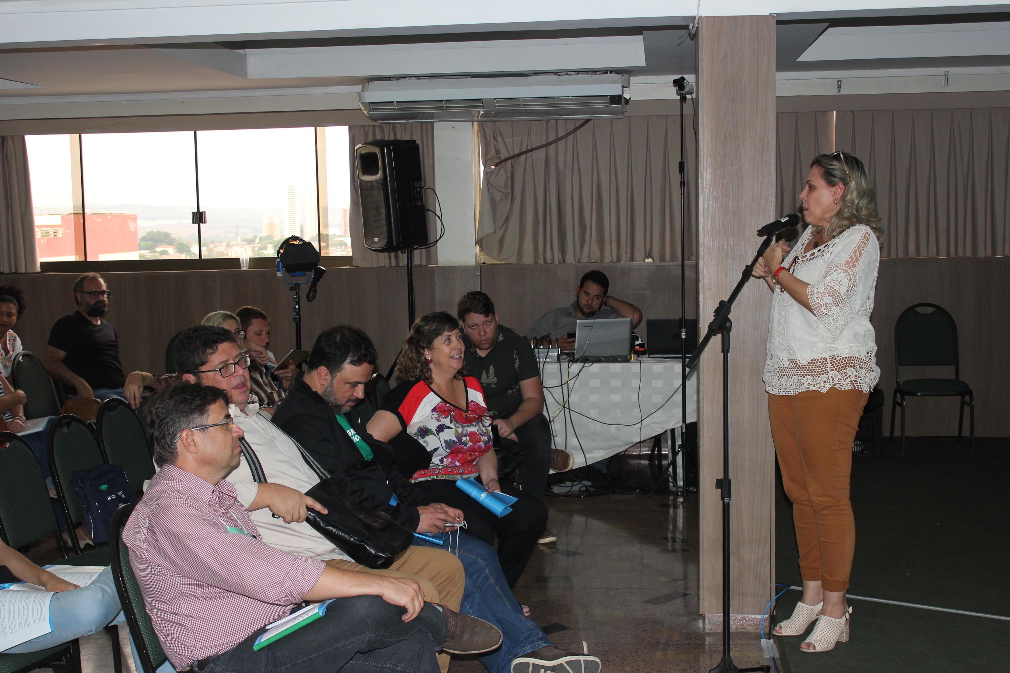Professora Ana Lúcia, diretora-geral do Câmpus Aparecida de Goiânia, foi uma das delegadas que defendeu a gratuidade para as inscrições nos processos seletivos