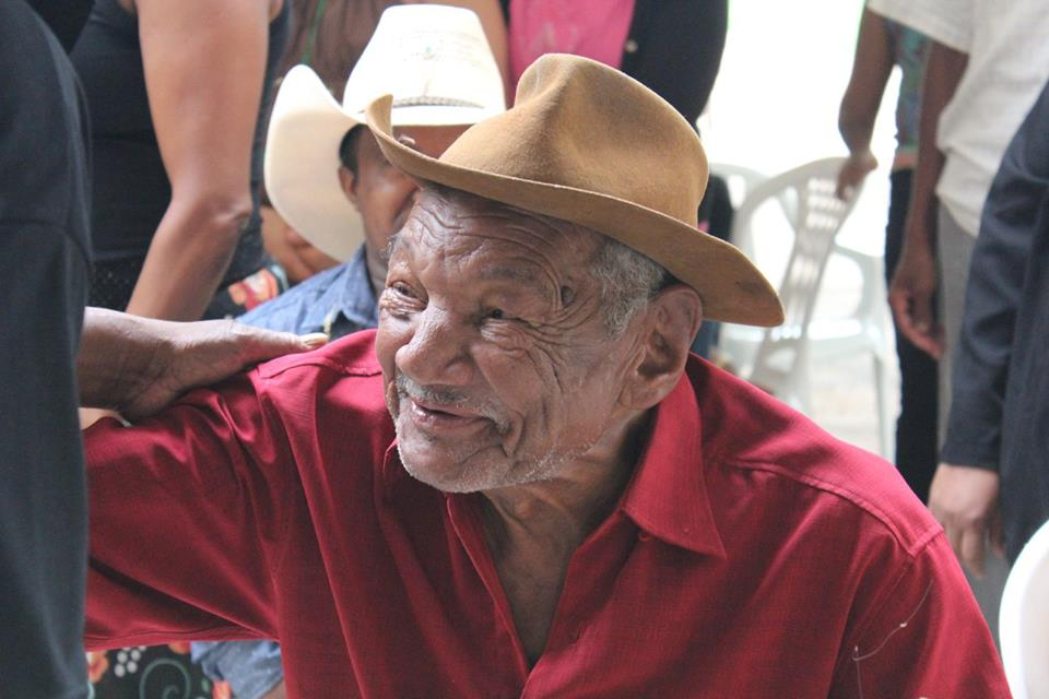 Senhor Geraldo Afonso dos Santos, do grupo do Memorial da Serra da Mesa